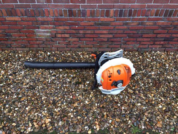 Rugmodel bladblazer huren in Veendam